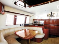 YACHT CARVER 56 FT IN PUERTO VALLARTA For Rent